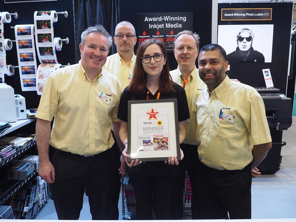Permajet team holding award for Photo Lustre 310